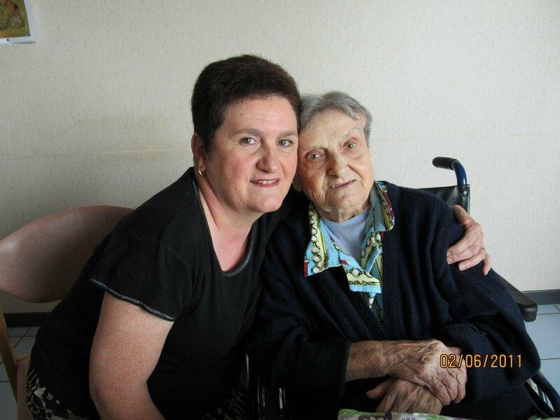Bernatte et sa mère agée
