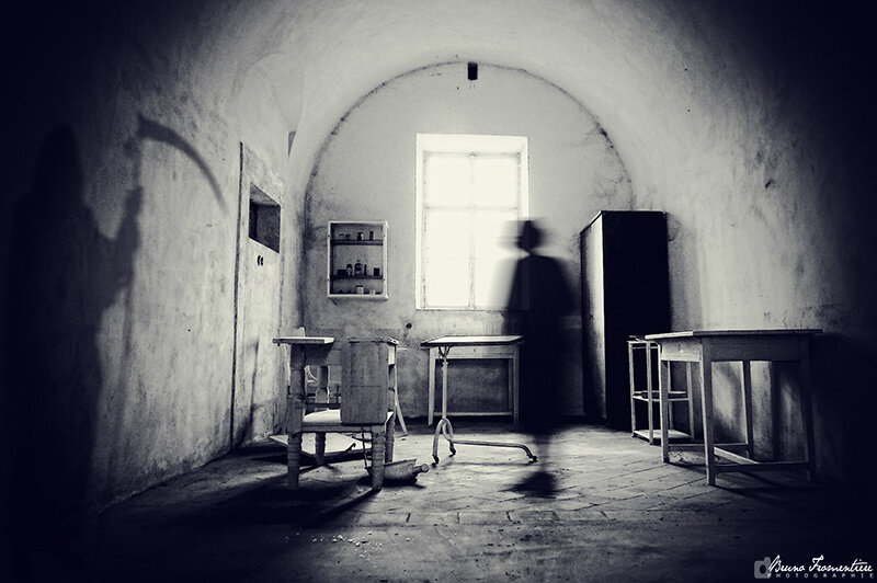 Ghosts_of_Terezin_800