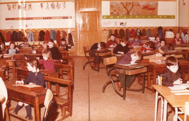 1981 (9)