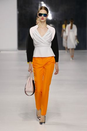 defile-dior-collection-croisiere-2014-17
