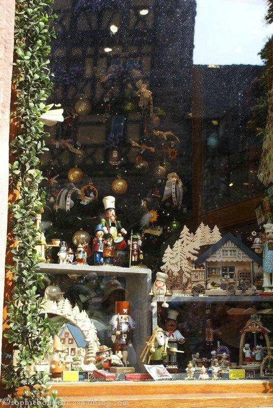 Riquewihr boutique vitrine