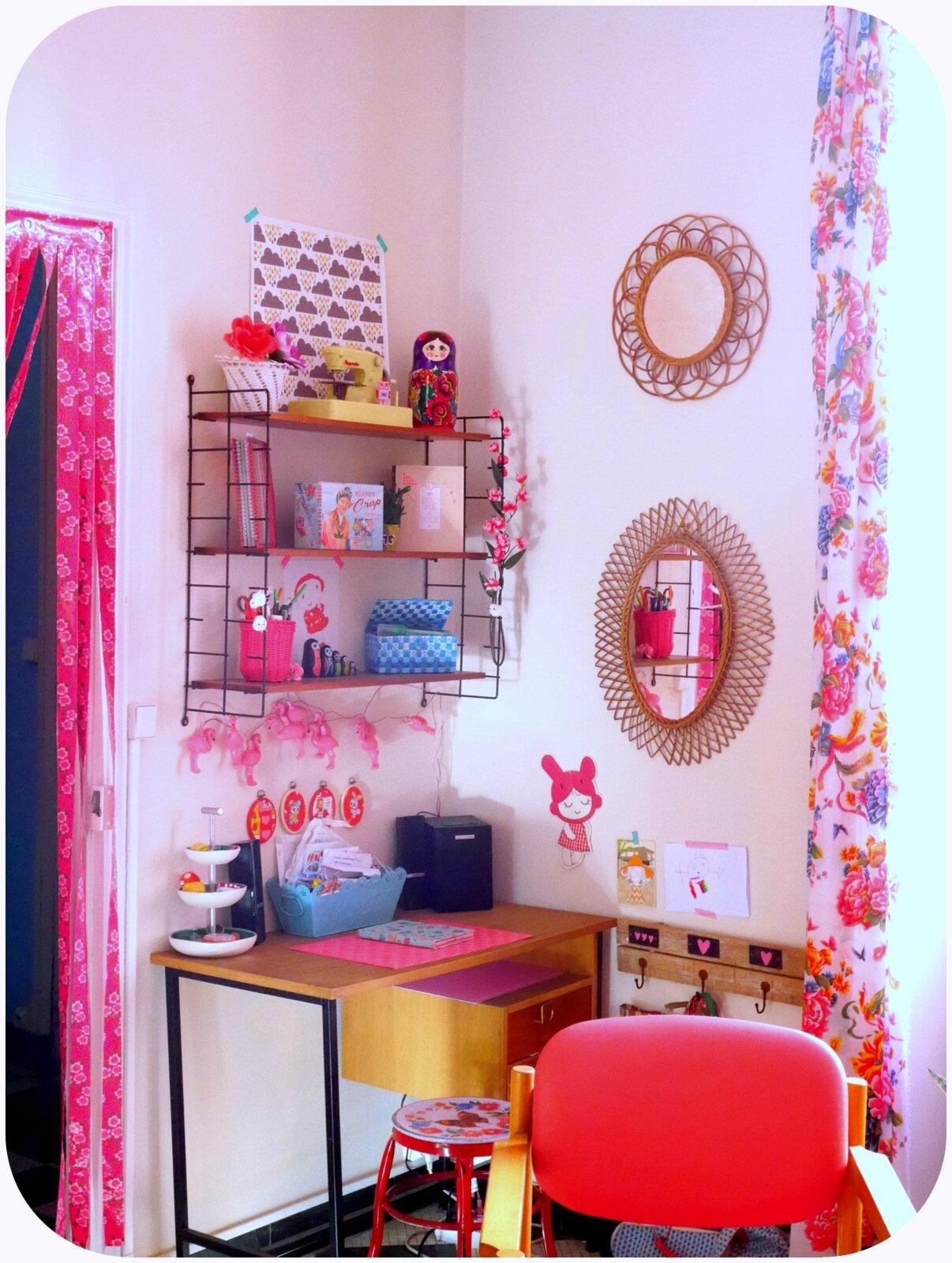 P1190690 photo de le petit paillette boutique paillette angers - Le petit salon angers ...