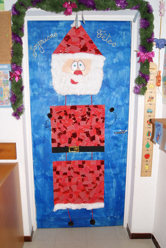 D coration porte noel maternelle for Decoration porte noel maternelle
