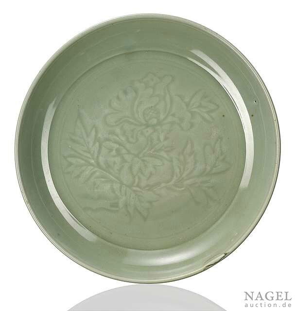 A fine and large Longquan celadon dish, China, 15th century