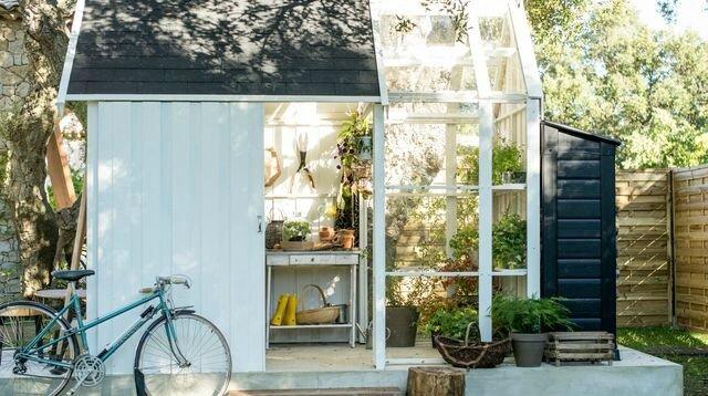 abri-de-jardin-blanc-avec-serre-integree-velo-panier_5844867