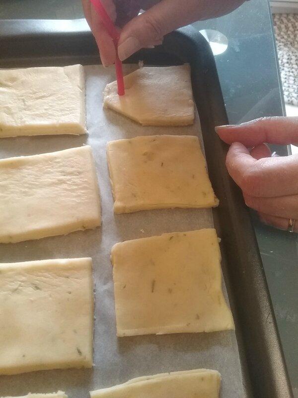 Biscuits sachets de thé 024