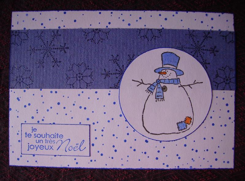 Bonhome de neige bleu