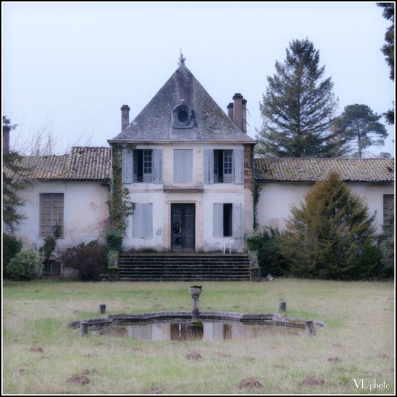 P1140800chateaus