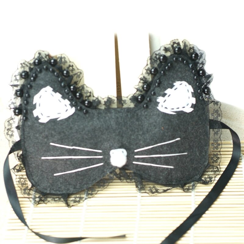 How-to-Make-a-Cute-Black-Cat-Mask-for-Halloween-5