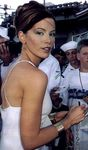 kate_beckinsale_pearl_harbor_hawaii_premiere_5
