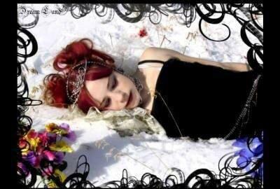 sleep_in_snow