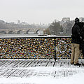 Amoureux, Pont des arts, Neige_7682