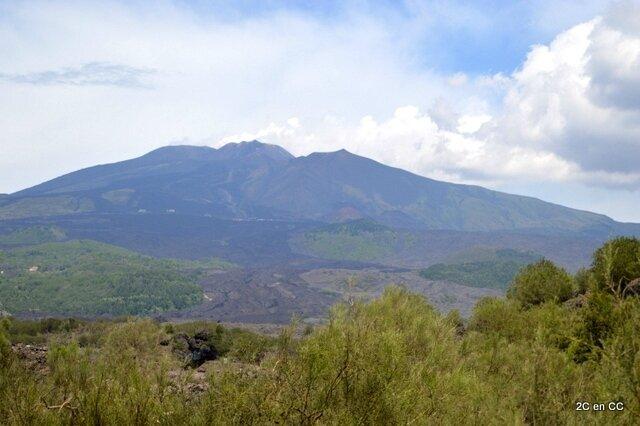 Route Nicolosi / refuge Sapienza - Etna - Sicile