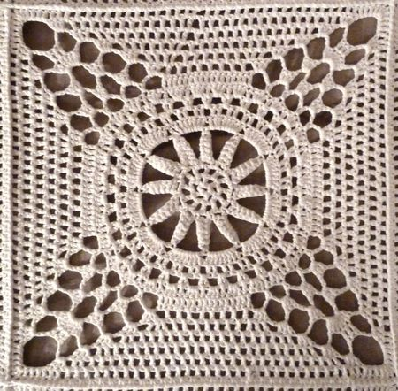d_tail__toile_crochet