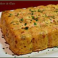 Gâteau de pain rassis au jambon et au comté