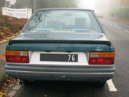 Renault9Louisianear