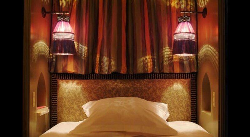hotel-hotel-bourg-tibourg-paris-1448_gif