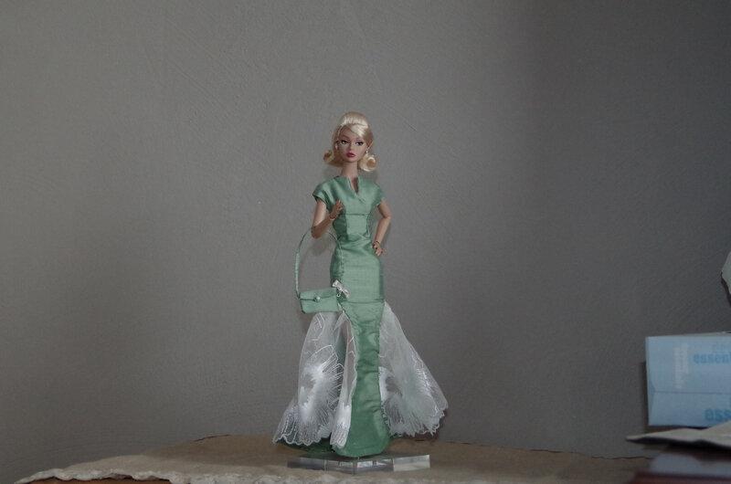jeux-robe-taffetas-pour-poupee-barbie-20678530-imgp2015-1-jpg-61c7e_big