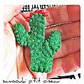 Defi sc and more n° 379 : quelque chose de petit, au creux de ma main un mini cactus monté en broche....