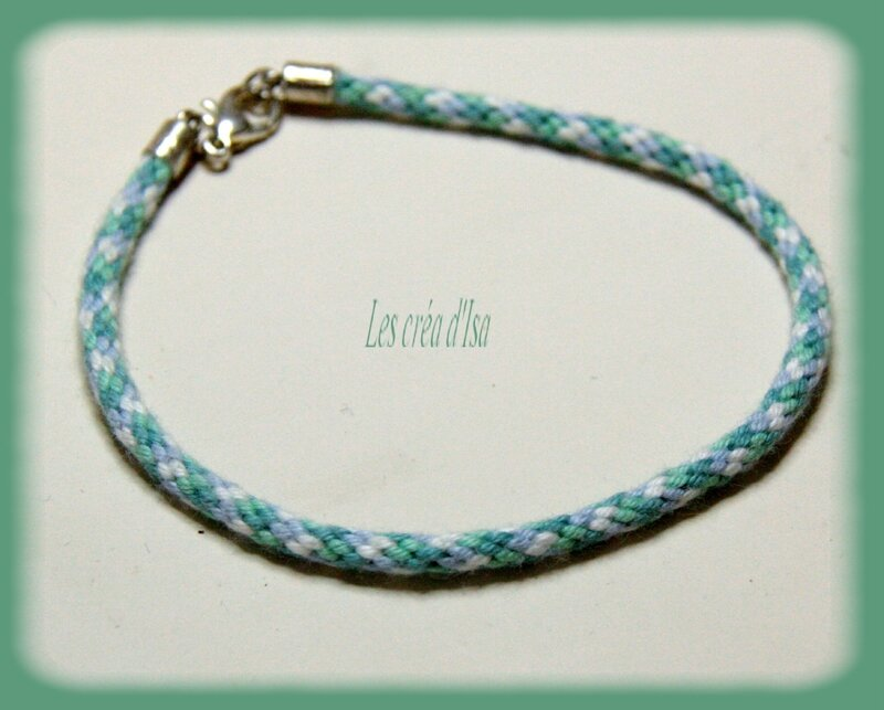 bracelet kumihimo blanc bleuvert verso
