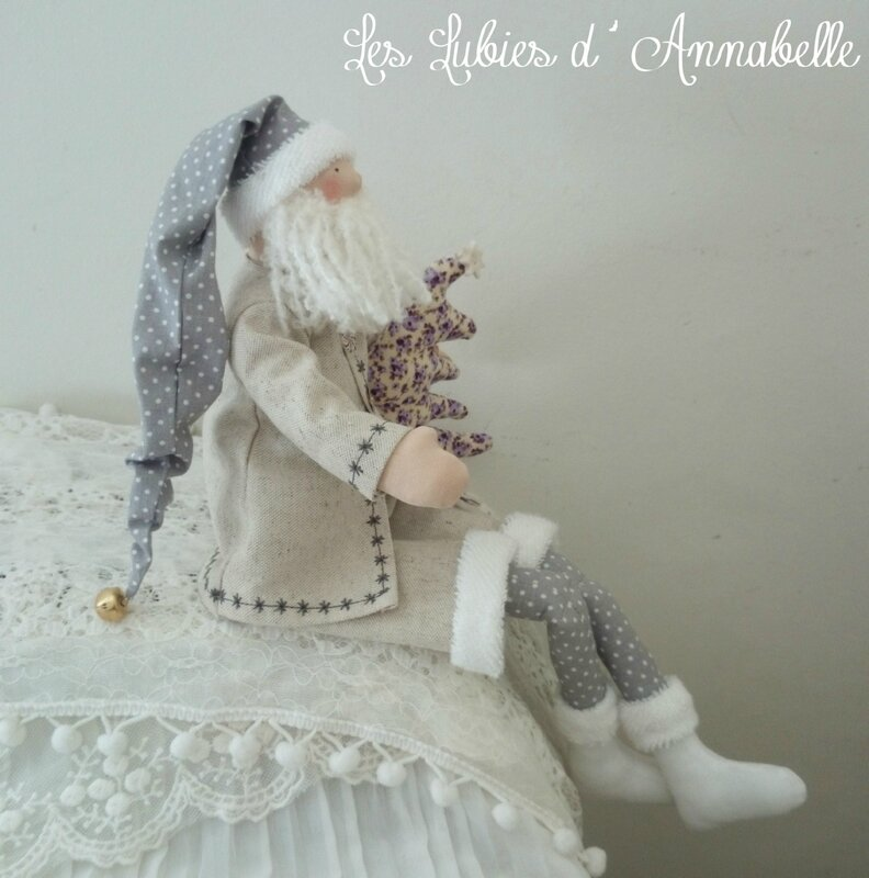 Père Noël Tilda shabby gris parne blanc
