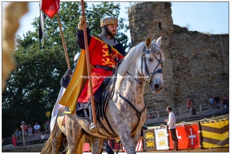 Les chevaliers de Richard Cœur de Lion reviennent de Croisade au Château de Talmont (Médiévales en Vendée) compagnie capalle (9)