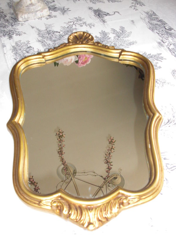 A travers le miroir beige blanc for A travers le miroir