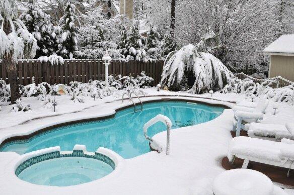 Comment nager dans une piscine sans avoir froid sur les piscines - Nager dans une piscine ...