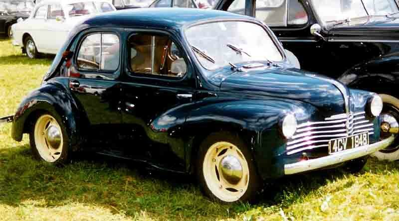 renault 4cv le blog du lignard. Black Bedroom Furniture Sets. Home Design Ideas