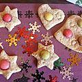 Biscuits de noël - episode 5 : sablés vanille/noisettes et décor en smarties