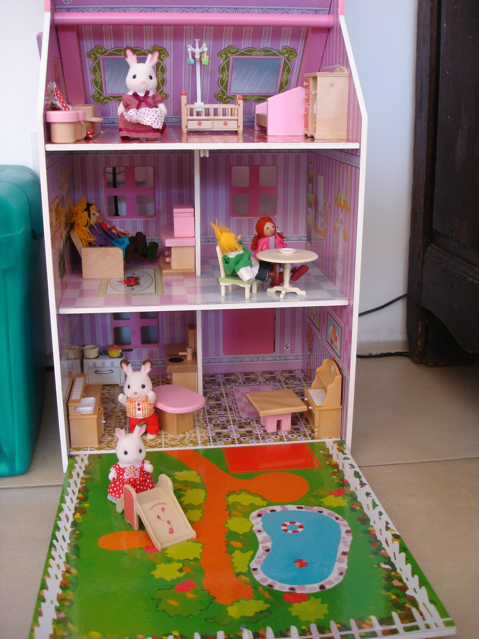 famille sylvanian pas cher. Black Bedroom Furniture Sets. Home Design Ideas