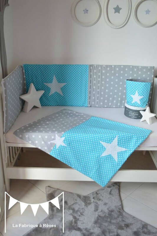 linge lit couverture b b polaire coton b b gar on turquoise gris blanc toiles photo de 2. Black Bedroom Furniture Sets. Home Design Ideas