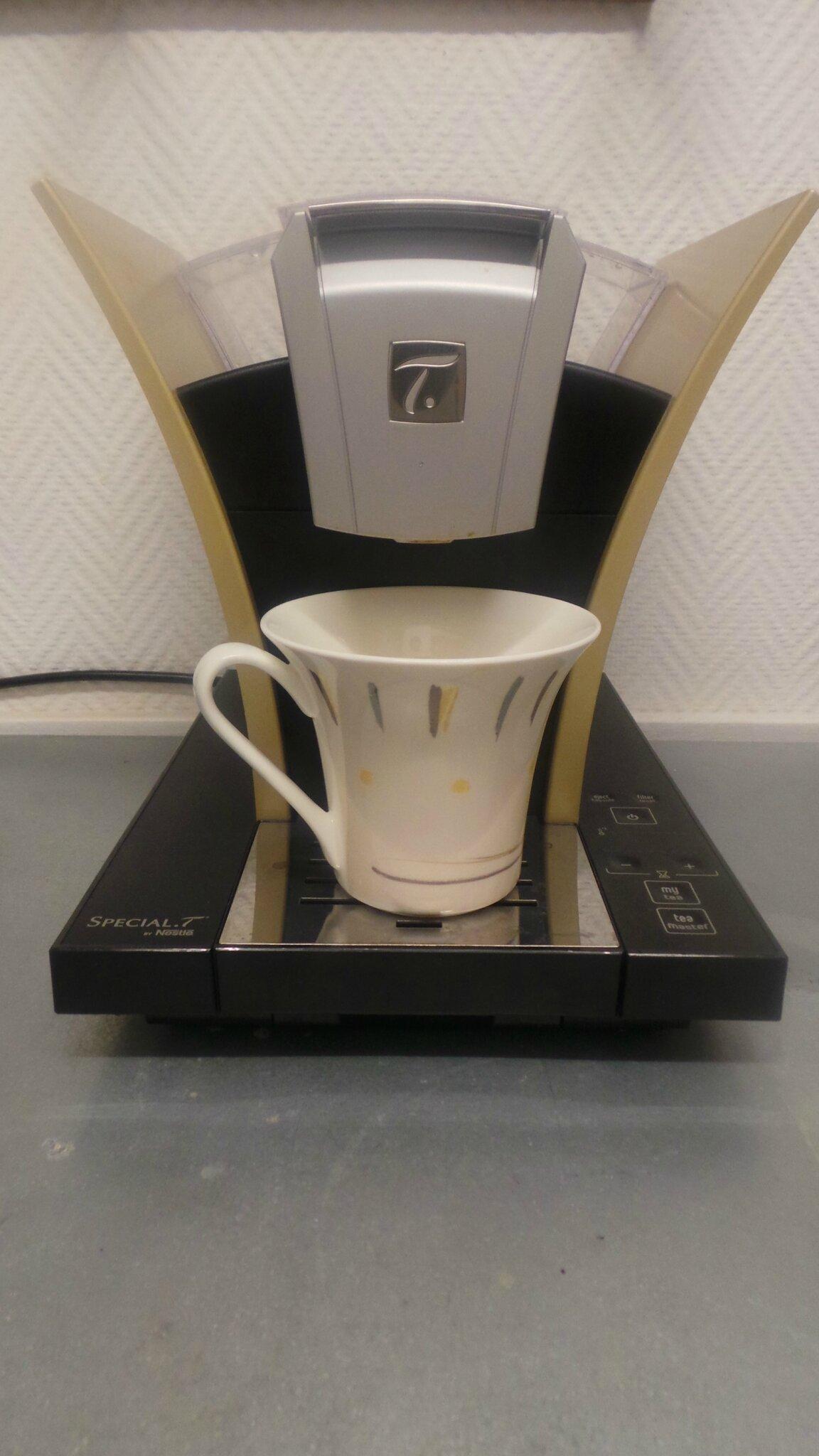 machine dosette cool machine caf dosette noir intense. Black Bedroom Furniture Sets. Home Design Ideas