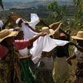 Danses lors d'un fahamandy (Région de FIANARANTSOA)