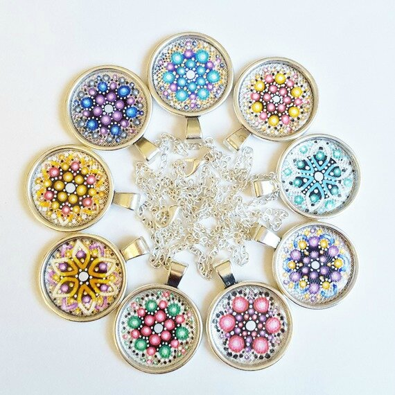 Colliers pendentifs Mandala