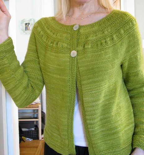 tea leaves cardigan par Melissa LaBarre