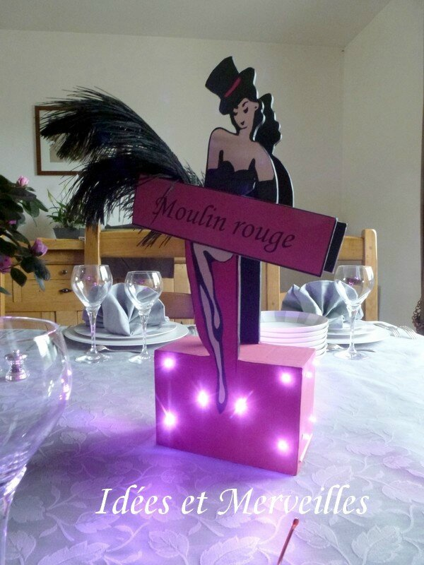 Toute les cr ations sur le th me cabaret idees et merveilles for Decoration de table porte photo