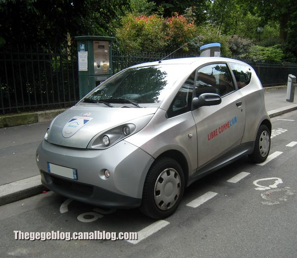 Bluecar by Pininfarina (Autolib)(Paris) 01