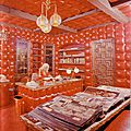 jayne_pink_palace-inside-office-1959-07-by_rizzo-2