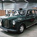 LONDON TAXI INTERNATIONAL Carbodies Fairway 1980 Besançon (1)