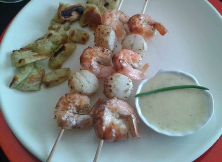 brochette gambas st jacques sauce citron copy