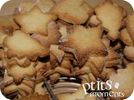 201112-001 petits sablés de Noël