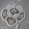 Rose_en_broderie_de_Touraine_3