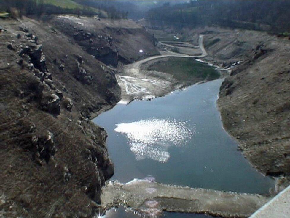 Tour des barrages de Rives-Soulages - Massif du Pilat