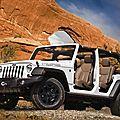 Éditions spéciales de jeep wrangler moab et grand cherokee trailhawk (cpa)