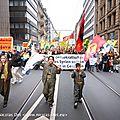 Journée mondial de mobilisation pour rojava. environ 7000 manifestants à francfort sur le main, 25 000 en allemangne
