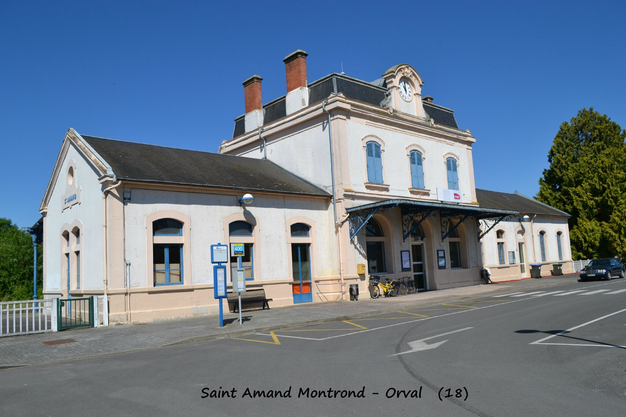 la gare de saint amand montrond orval 18 les gares de france et leurs infrastructures. Black Bedroom Furniture Sets. Home Design Ideas