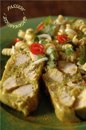 Terrine_poulet__curry__coriandre__raisins_blonds_et_lait_de_coco_2