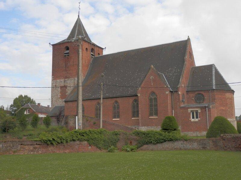 Eglise vue du jardin de la mairie