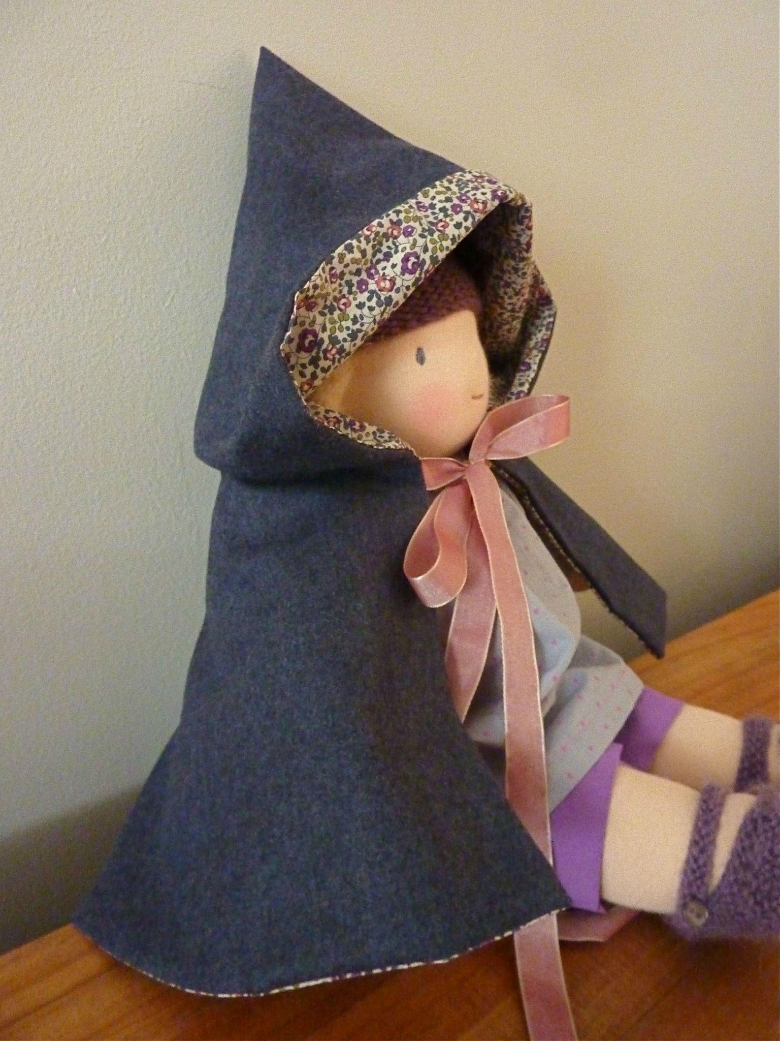 Cape les petits habits de ma poupée